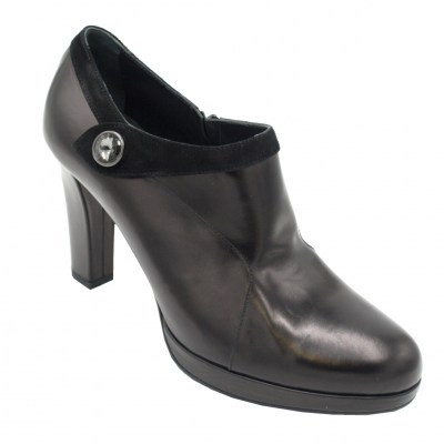 Angela Calzature Numeri Speciali special numbers Shoes black leather heel 9 cm