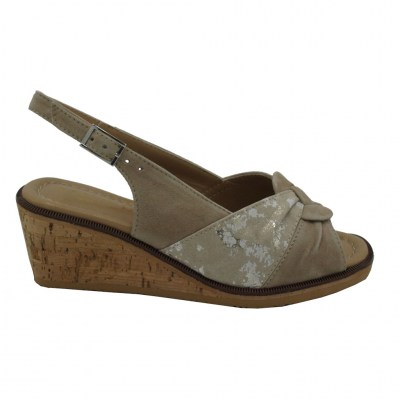 Angela Calzature Numeri Speciali  Shoes Beige leather heel 4 cm